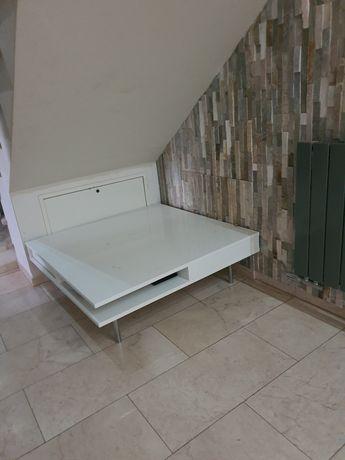 Stolik Ikea połysk