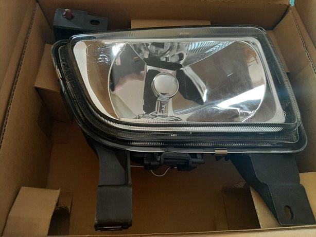 Lampa przeciwmgielna TYC 19-5269