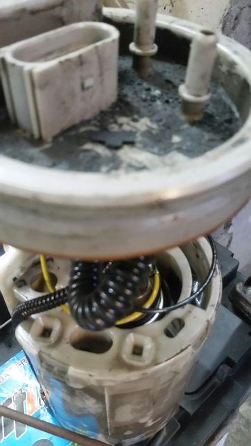 Pompa paliwa passat b5 FL Golf Seat