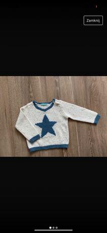 Sweterek z gwiazda Hema 68