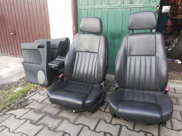 Fotele skórzane alfa romeo 156 sedan