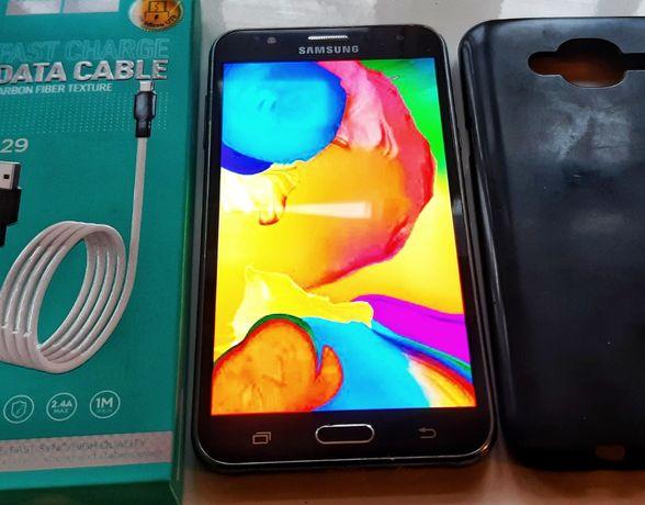 Мобильный телефон Samsung Galaxy J7 J700H/DS Gold + чехол + usb