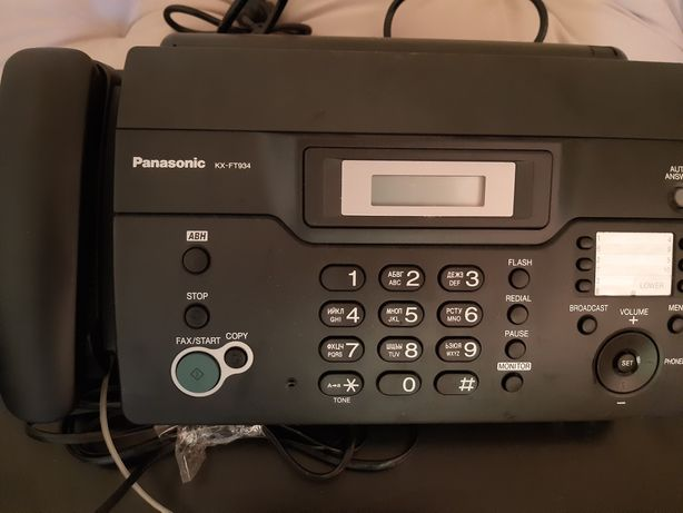 факсимільний апарат- KX -FT934UA