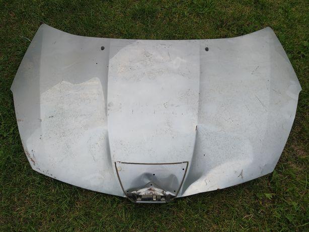 Maska Peugeot 4007 uszkodzona