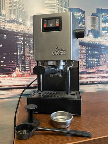 Рожковая кофеварка эспрессо Gaggia Classic Coffee (RI9403/11)