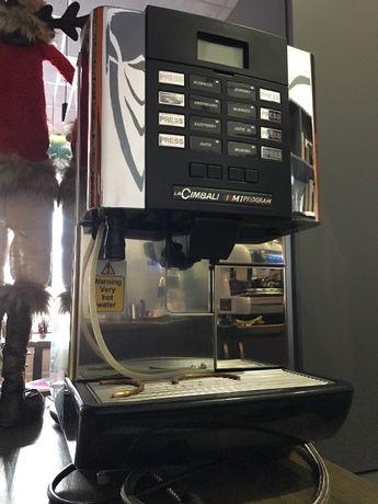 Cimbali M1 суперавтомат кофемашина.