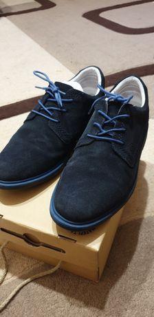 Продам туфли Bartek для мальчика б/у