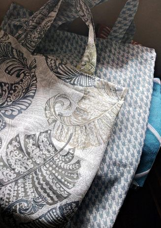 Sacos e malas em tecido