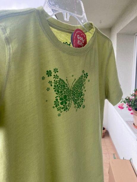 Zielony T-shirt motyl z USA 140 nowa!