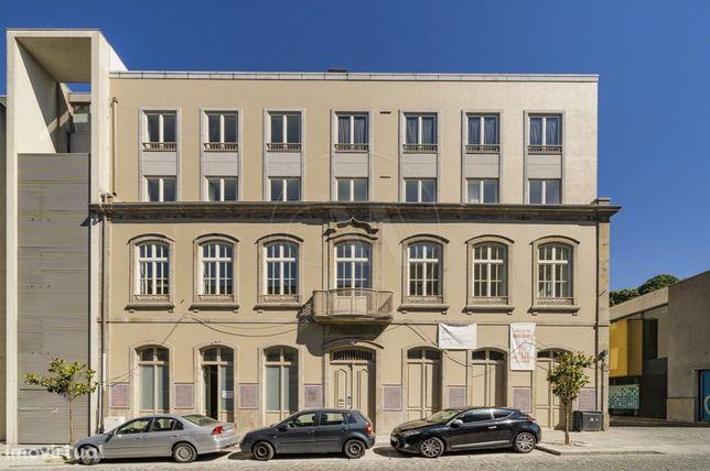 Apartamento T3 NOVO no Centro Histórico de Braga!