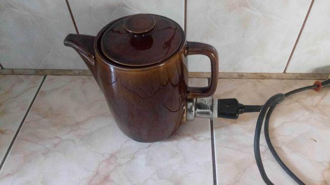 Stary czajnik elektryczny