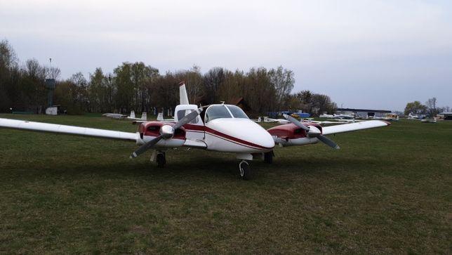 Продам 6 місний літак PIPER SANEKA