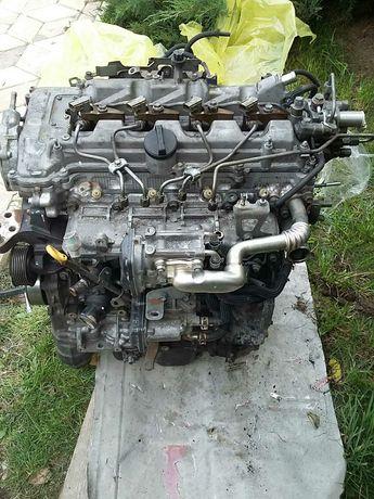 Подается Двигатель Тойота Авенсис Т27 2.0 Дизель с ТНВД и форсунками