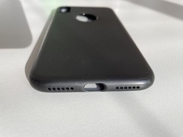 Capa iPhone X ou XS silicone preta