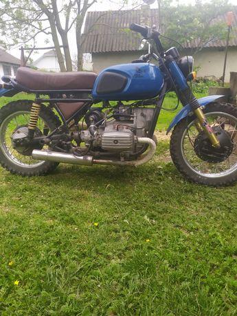 Продаю мотоцикл Днепр 11