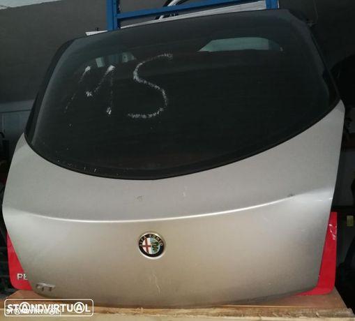 Tampa de mala Alfa Romeu GT
