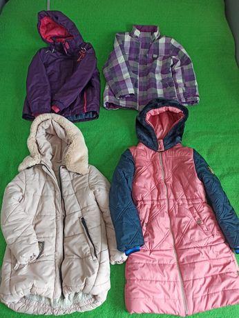 Куртка для дівчинки на 9- 10 років