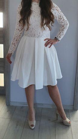 Biała, koronkowa sukienka Molly Bracken