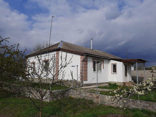 Будинок 80 кв.м, 10 сотих землі, в Миргороді