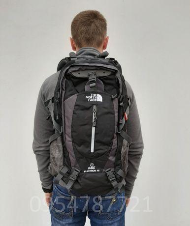 Комфортный городской рюкзак The North Face / Велорюкзак