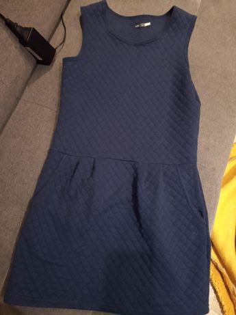 Sukienka z kotkiem 146-152