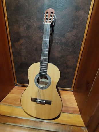 Продам гітару дитячу