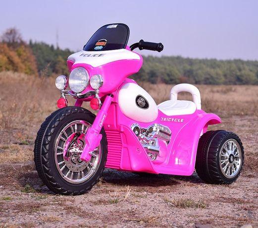 Piękny różowy motorek chopper na akumulator