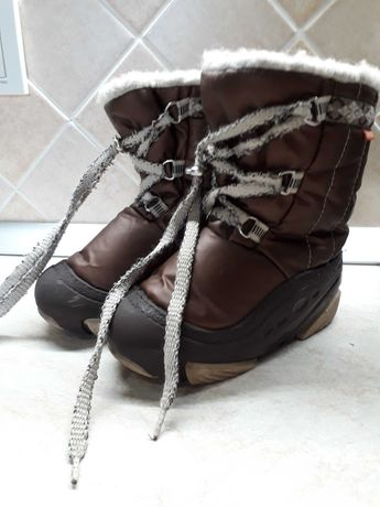 Продам детские зимние сапоги Demar, б/у, 24-25 размер.