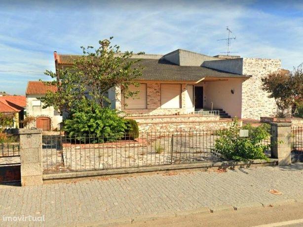 Prédio em propriedade total com 1.130,7m² de Área Bruta d...