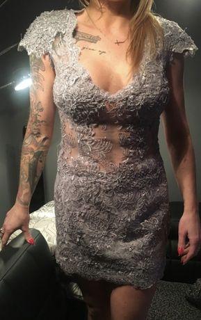 Sukienka koronkowa mosh