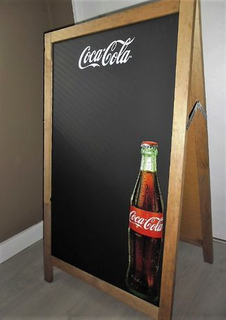 Cavalete Publicitário Coca-Cola