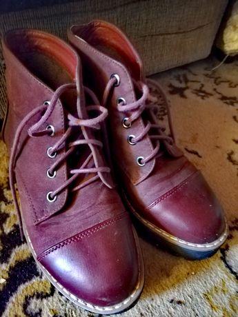 Buty wiosenno jesienne w rozmiarze 36 za kawę i czekoladę