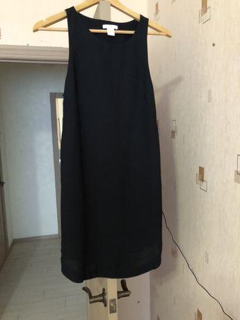 Чёрное короткое летнее платье