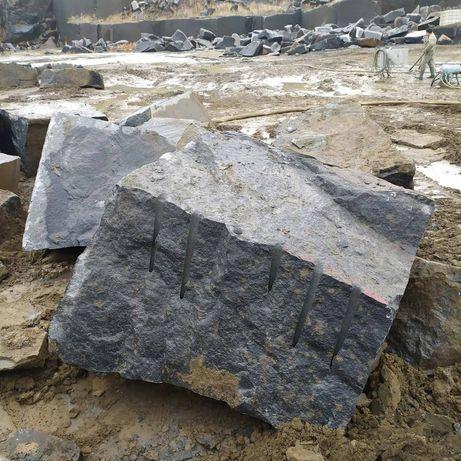 Гранит, Габбро, Блоки, Камень, Добыча камня(не мрамор, не песчанник)