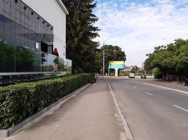 Оренда приміщення по вулиці Шопена