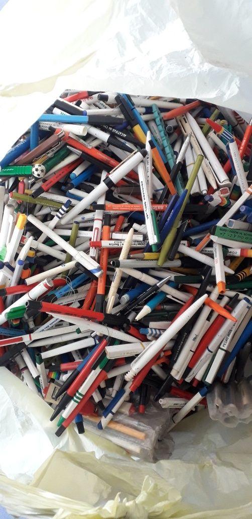 canetas com publicidades