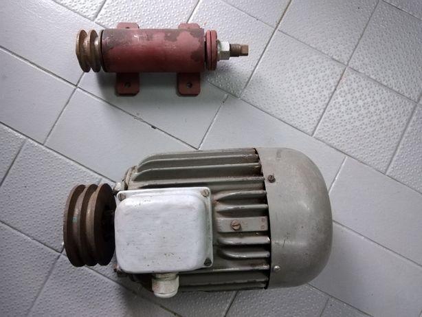 Silnik 1,5 kw plus wałek