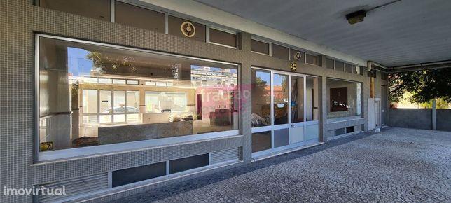 Loja, 110 m², Espinho