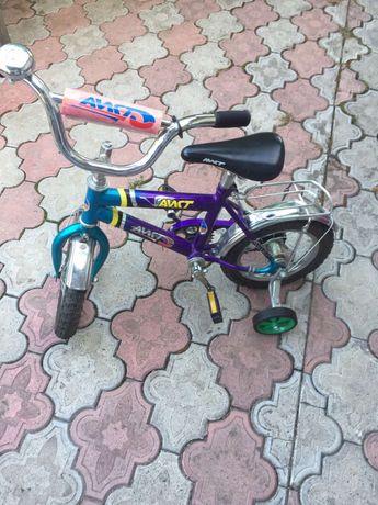 Детский велосипед на 4-6 лет!