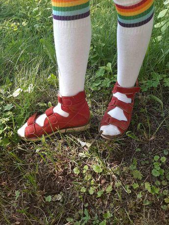 ОРТОРТОПЕДИЧНЕ ШКІРЯНЕ взуття для дівчинки