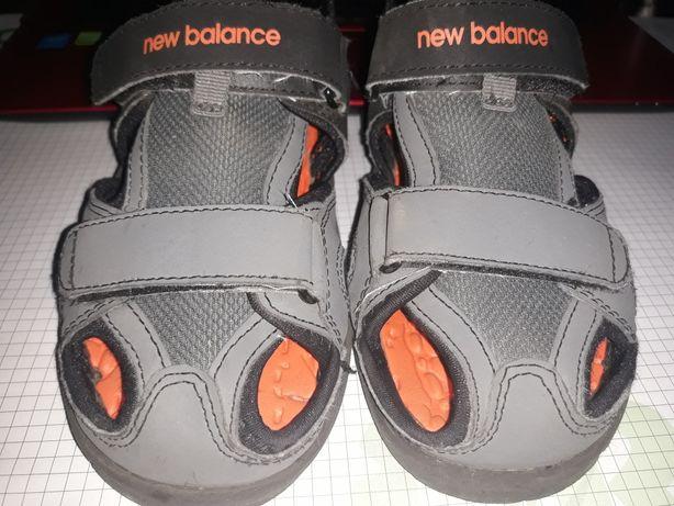 Sandały New Balance roz. 32,5 / 20,5 cm stan BDB