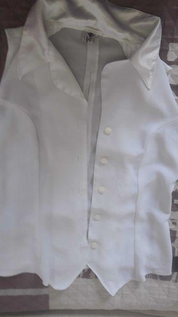 продам  блузку для девочки подростка, праздничная