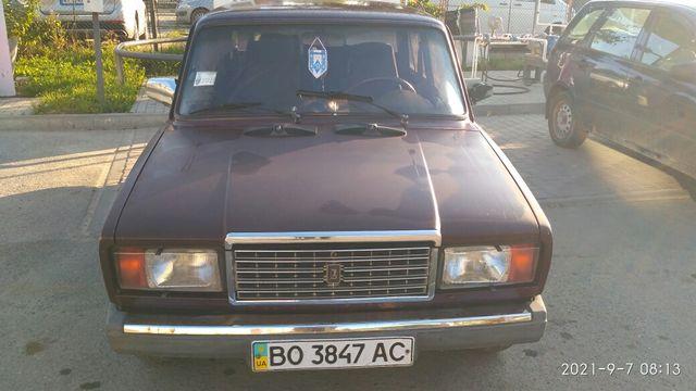 ВАЗ 2107 автомобіль