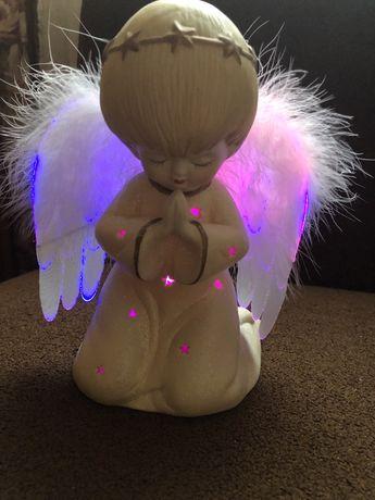 Светящийся ангелочек