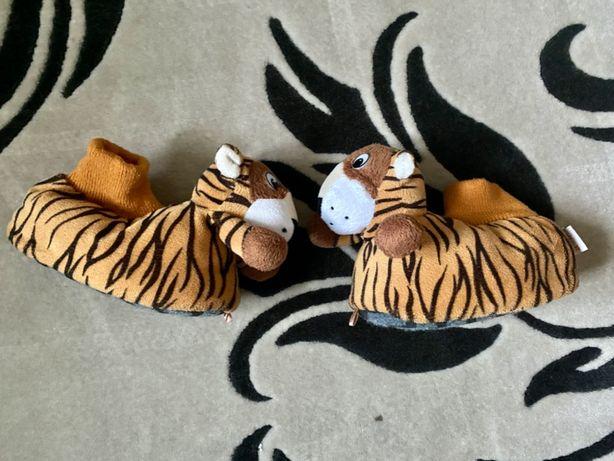 Ciepłe kapcie zwierzątka dla dziecka dł. wkładki ok 16cm