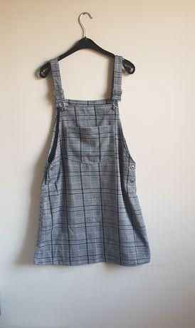 Szara sukienka ogrodniczka na szelkach