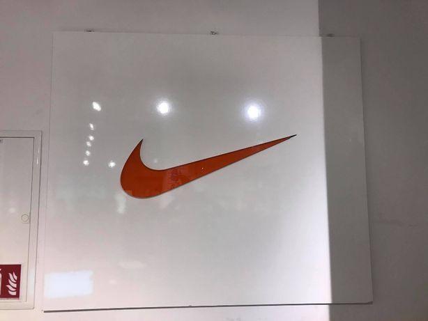 Reklama ścienna Nike