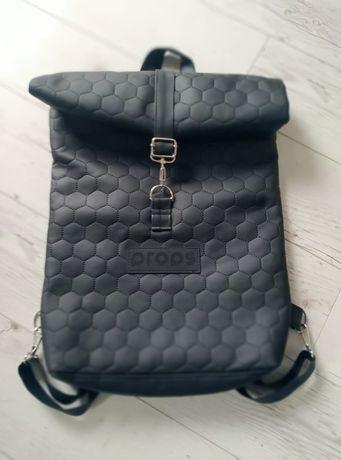 Plecak firmy Props we wzorowym stanie: Plecak Miejski Czarna Dama