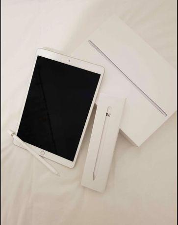 iPad Air + Apple pencil