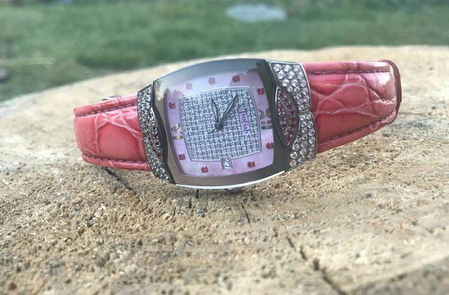 Продам часы швейцарские женские Romanson
